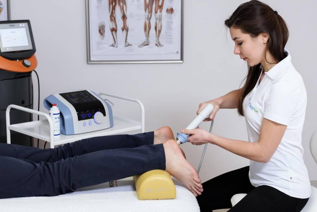 Zastanawiasz się nad leczeniem dolegliwości bólowych poprzez falę uderzeniową?